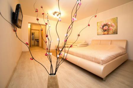 Современная однокомнатная квартира, в новом доме находится в самом центре г. Саратова